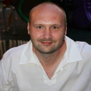 Маркозашвили Владимир Владимирович, врач стоматолог-хирург