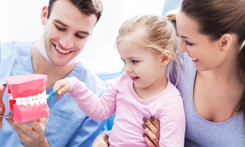 Что делать, если ребенок боится врача-стоматолога?