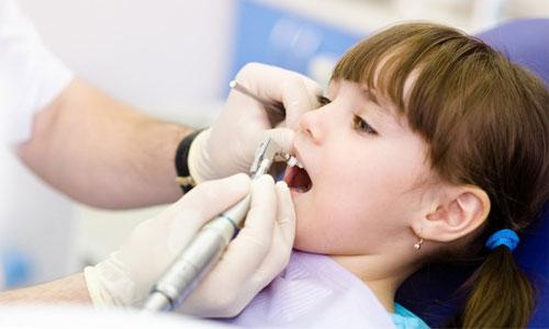 Нужна ли детям проф. гигиеническая чистка зубов